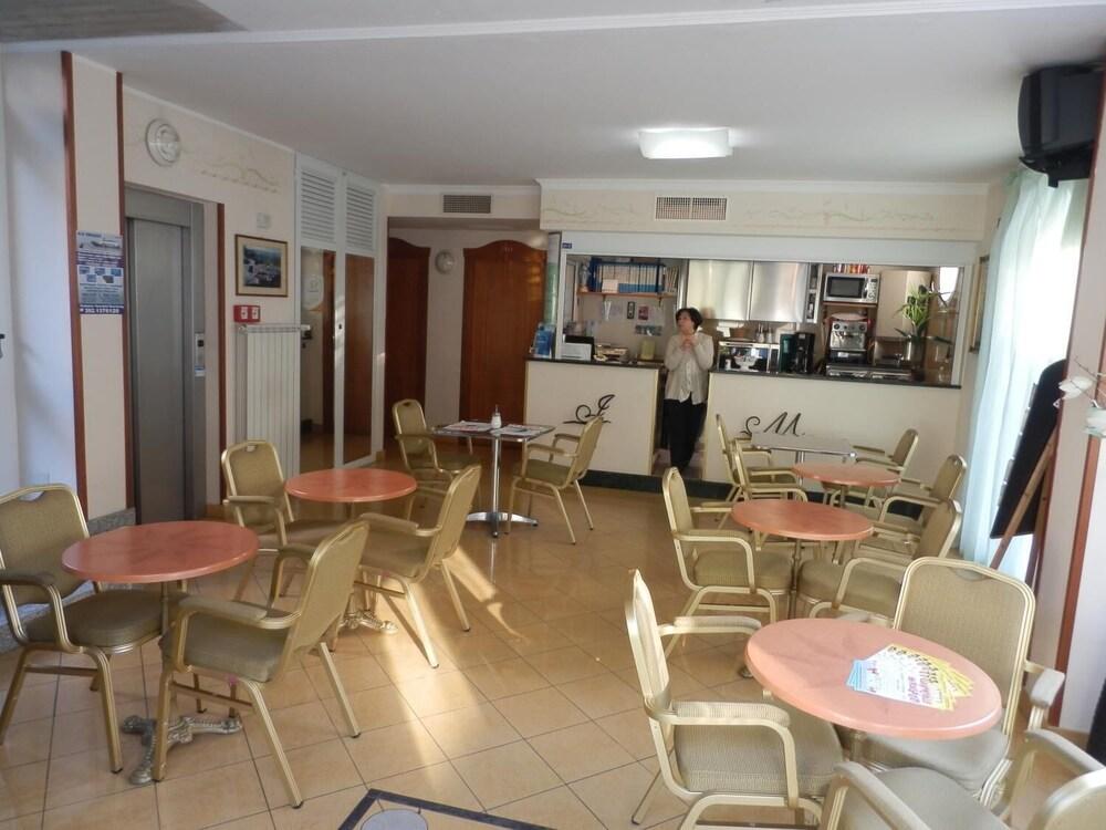 Gallery image of Hotel Jean Marie