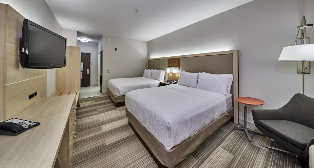 Gallery image of Holiday Inn Express Hotel & Suites Medford Central Point