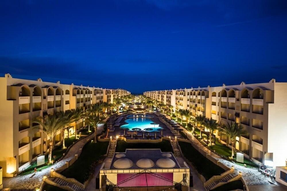 Apartment At Nubia Aqua Beach Resort