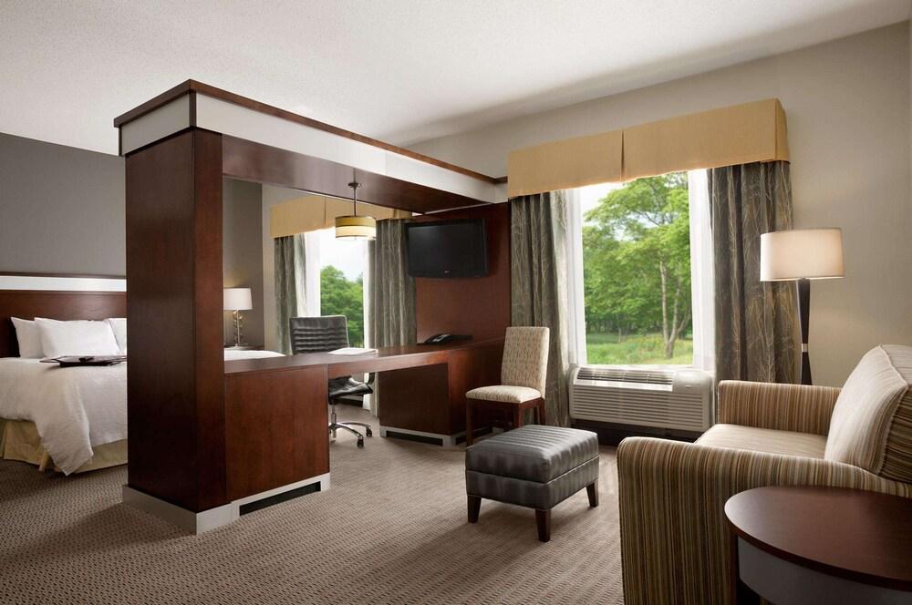 Gallery image of Hampton Inn & Suites Mansfield