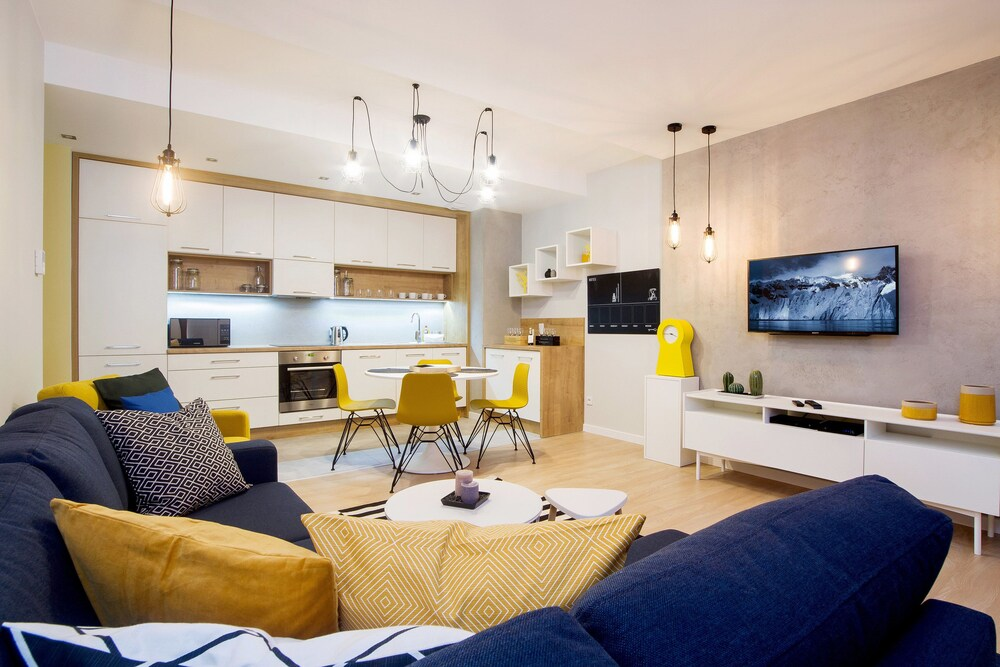 Old Town Luxury Apartments By Amstra