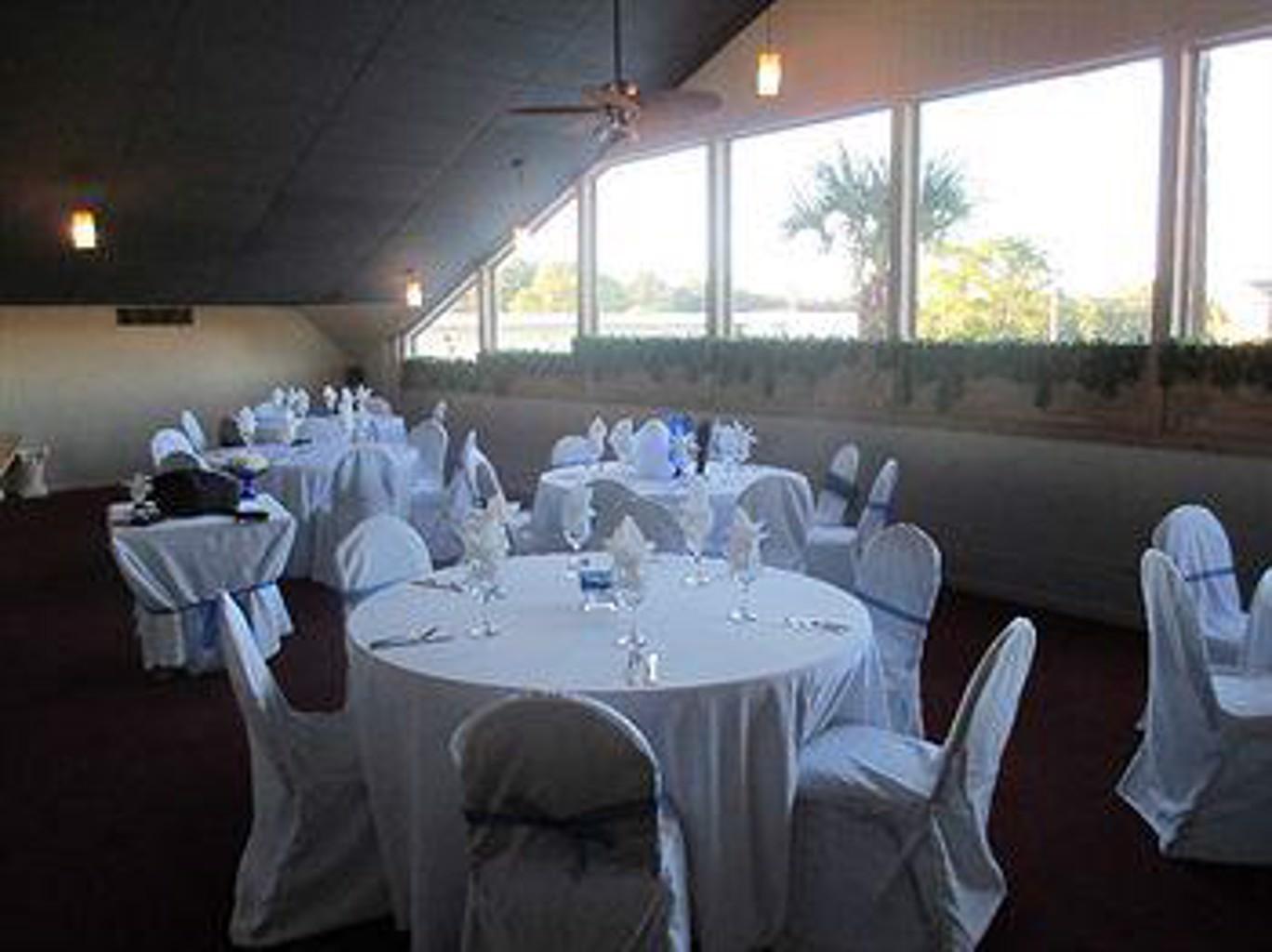 Gallery image of Knights Inn Panama City
