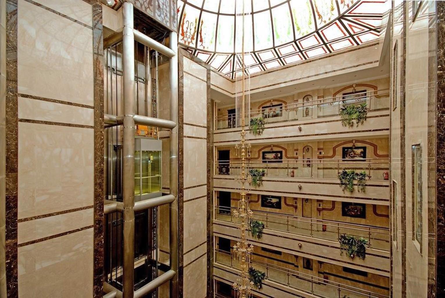 Muhammadiyah Palace Hotel Suites