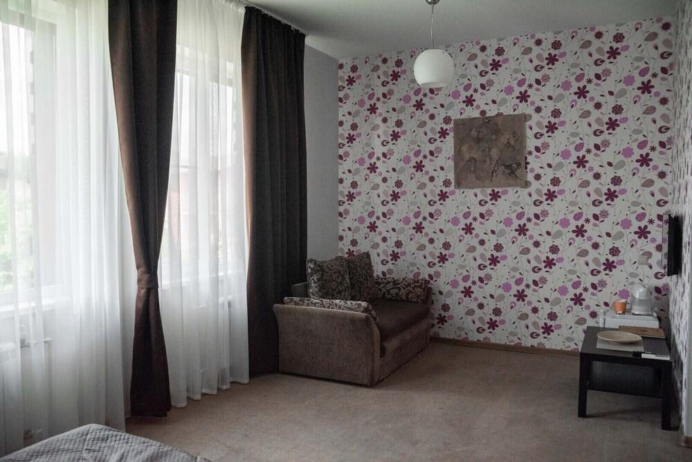 Gallery image of Hotel Pokrovskoe Divnoe
