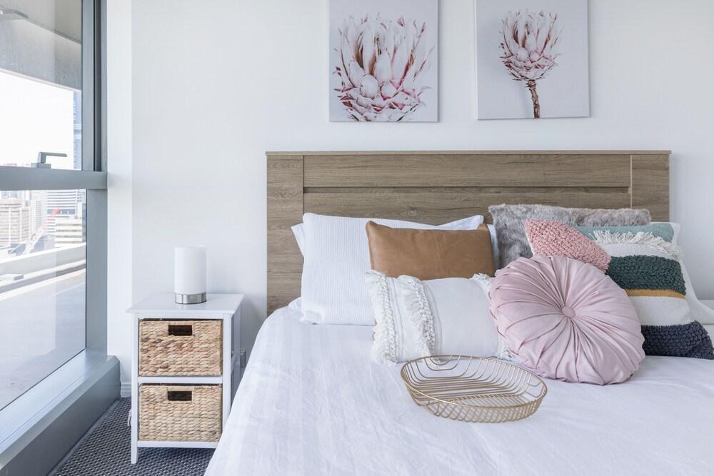 Airhome Brisbane CBD Apartments