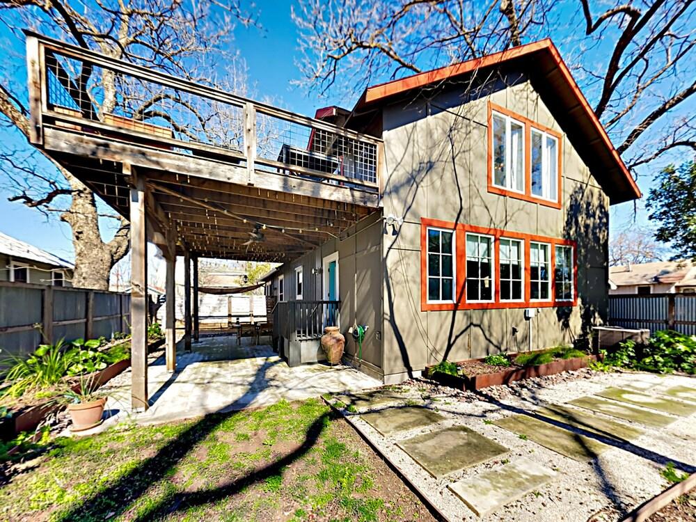 East Austin Bungalow 3 Br Home