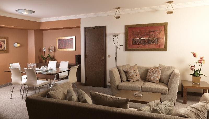 Holiday Inn Athens Attica Av Airport W.