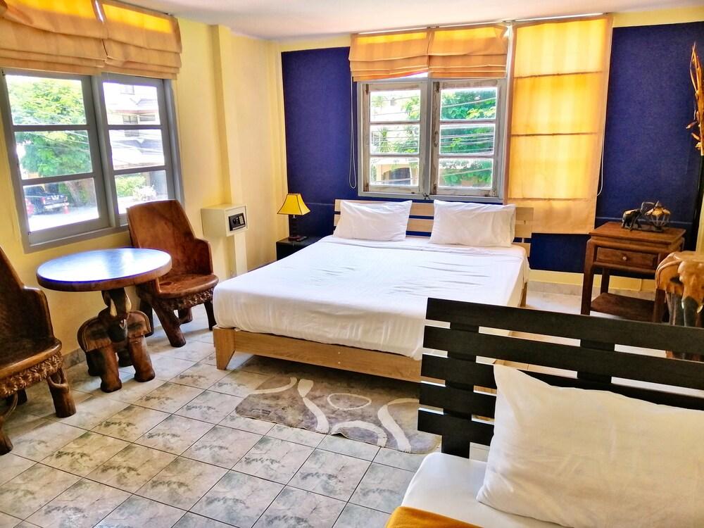 Gallery image of Hotel Danmark Jomtien Beach