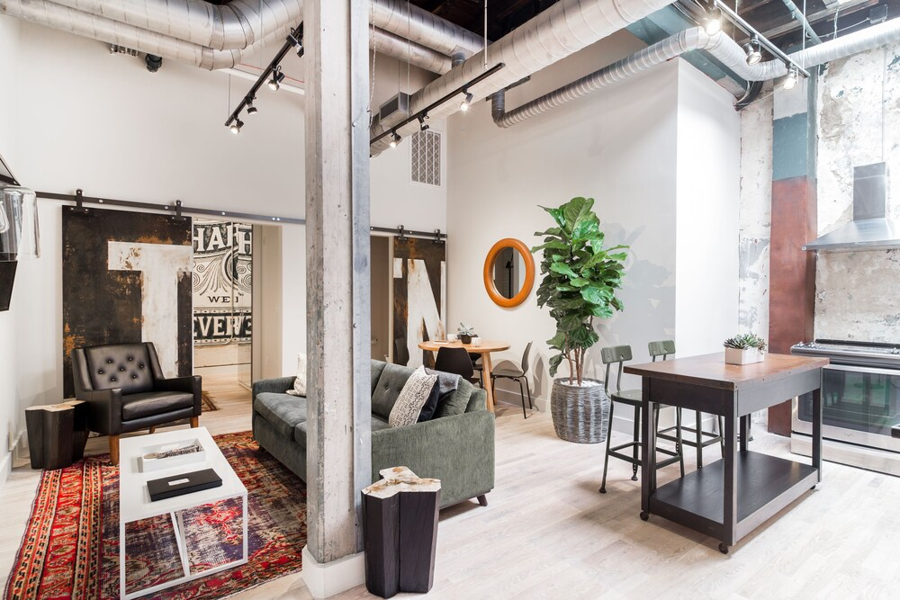 506 Lofts Anchor Rentals