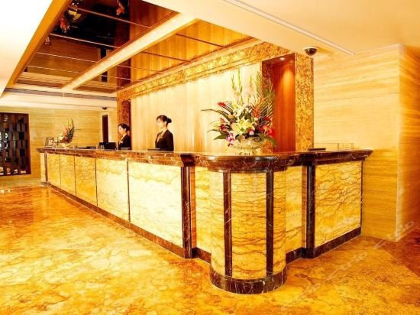 Gallery image of Shangri La Hotel