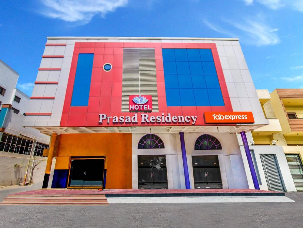 FabHotel Prasad Residency