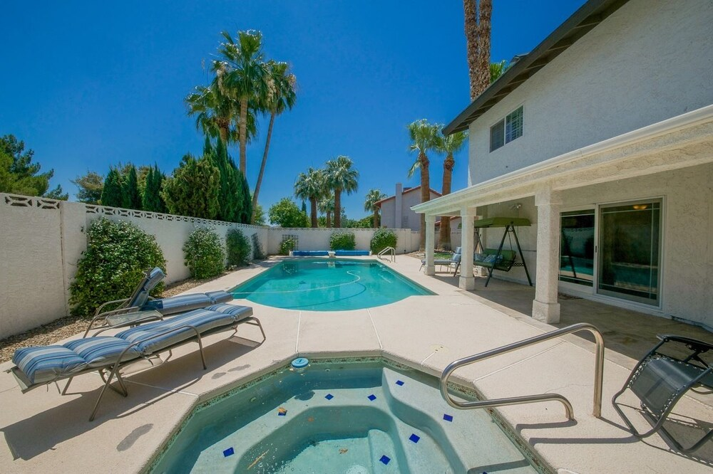 Luxurious 5BR near Las Vegas Strip