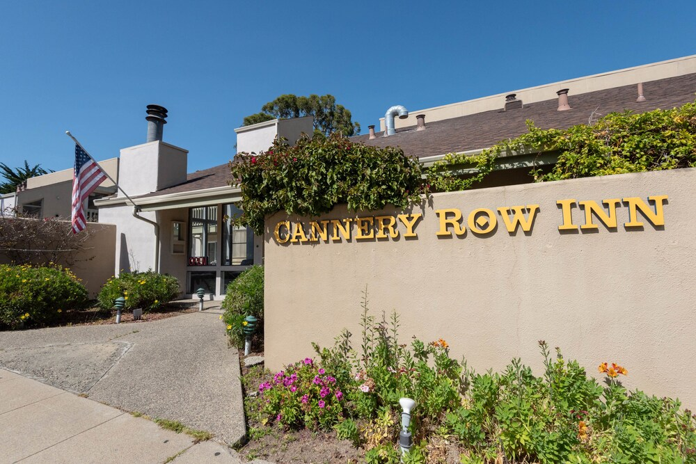 Gallery image of Cannery Row Inn