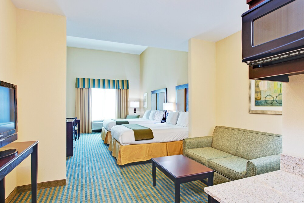 Gallery image of Holiday Inn Express & Suites Gulf Shores