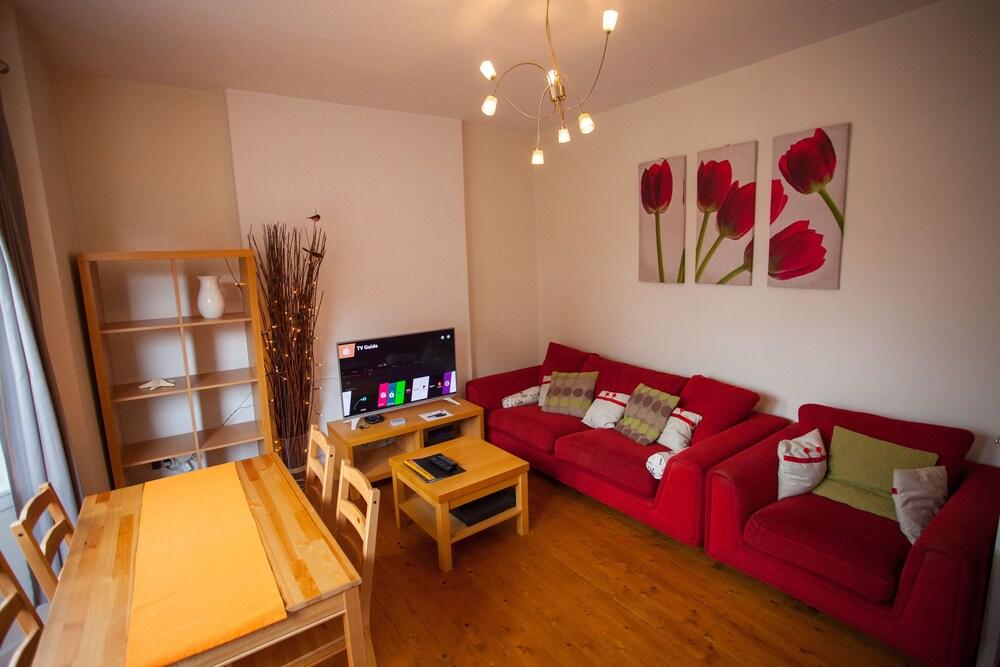 Glasgow Scotstoun Apartments