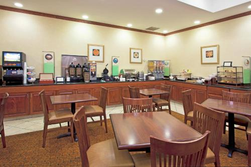 Country Inn & Suites by Radisson Tallahassee Northwest I 10 FL