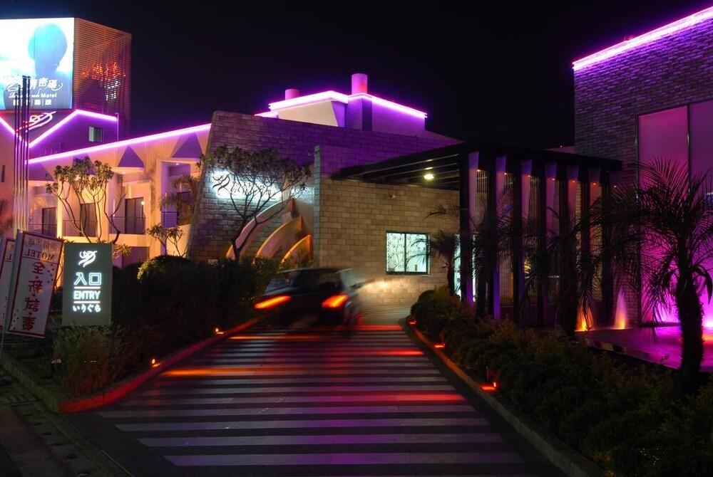 Romantic Code Motel