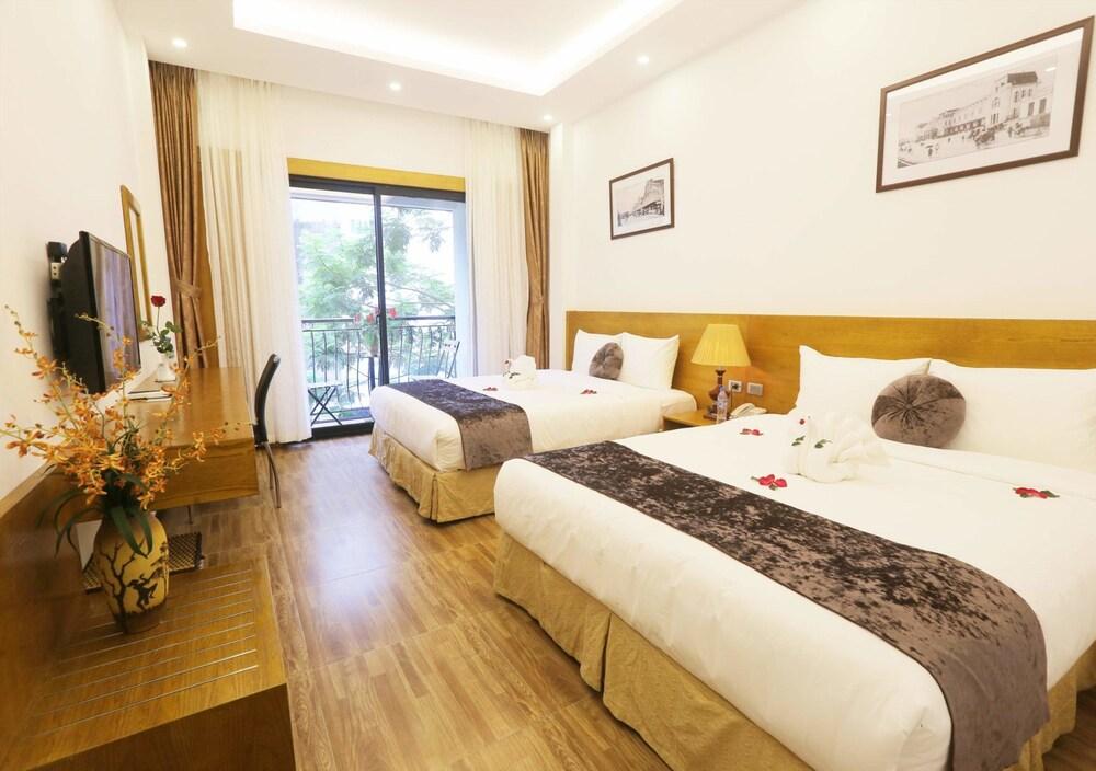 Family Hanoi Hotel