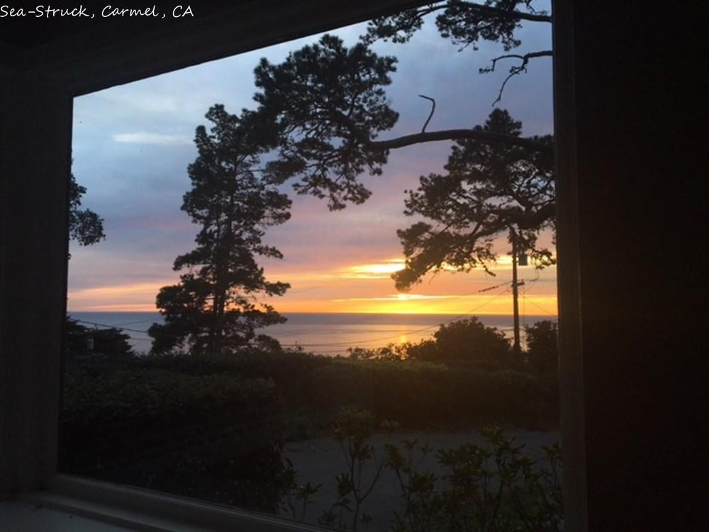 Stunning Ocean Views Close to Golf Wine Tasting Shops Beach Aquarium Passes Available