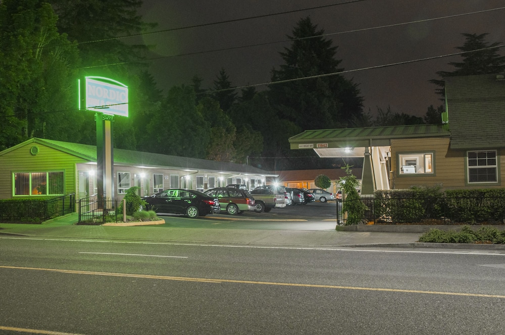 Gallery image of Nordic Inn & Suites