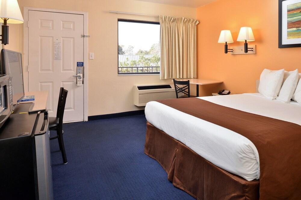 Gallery image of AmeriVu Inn