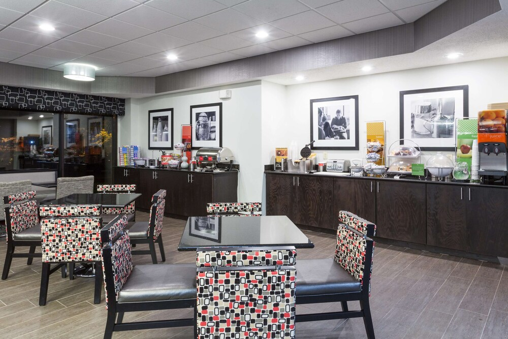 Gallery image of Hampton Inn Columbus Delaware I 71 North