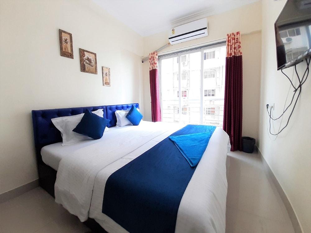 Dreams Service Apartment