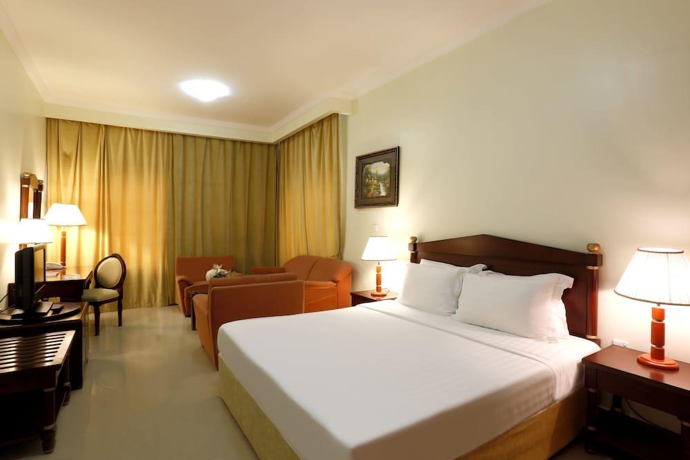 Ezdan Hotel Residences