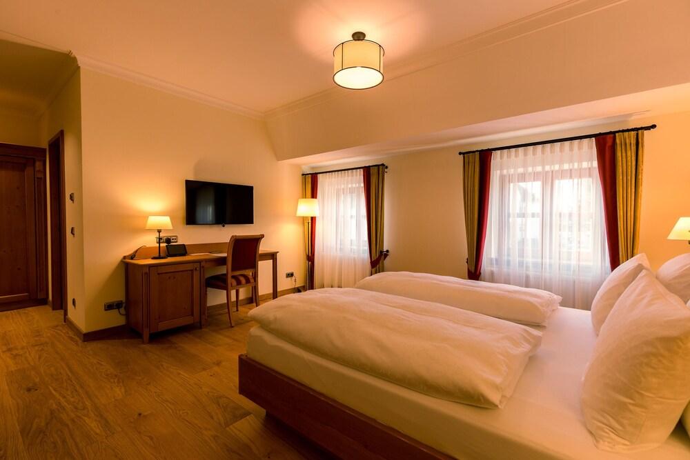 Hotel & Gaststätte zum Erdinger Weissbräu