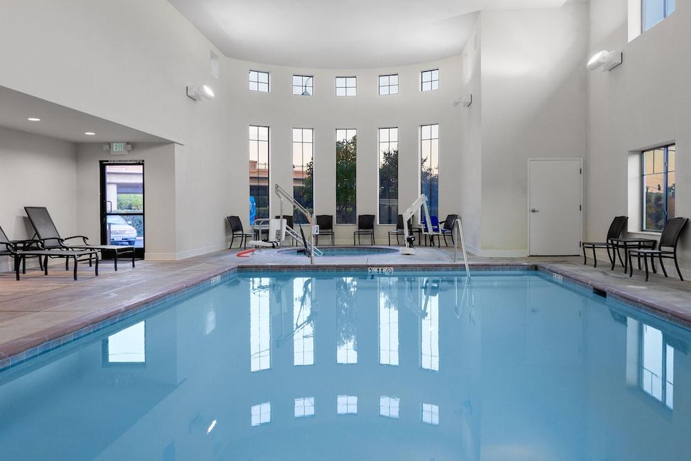 Gallery image of Hampton Inn and Suites San Luis Obispo
