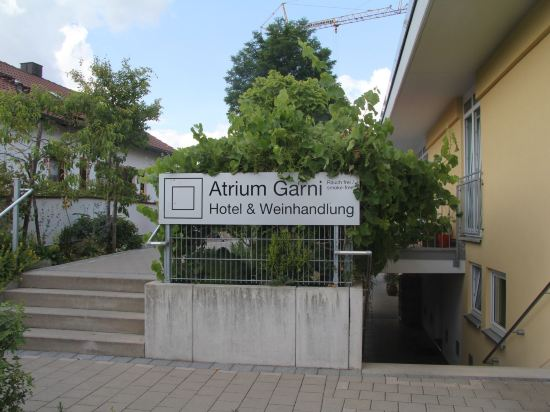 Atrium Garni