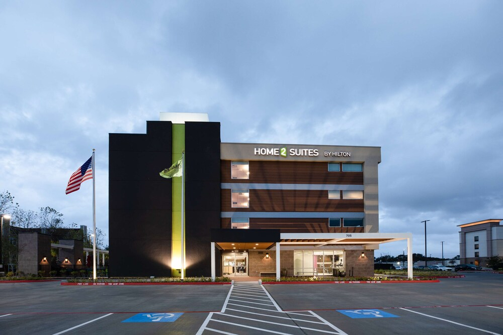 Home2 Suites by Hilton Houston IAH Airport Beltway 8