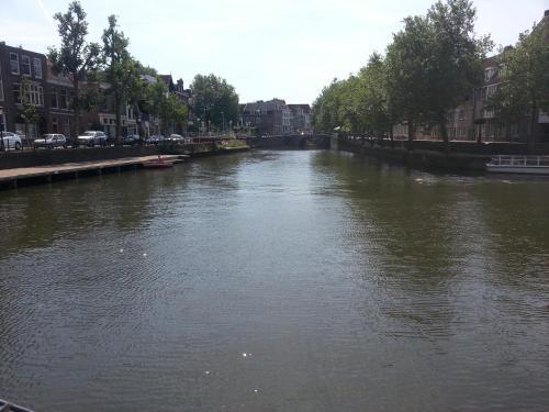 Nando's B&B Utrecht City Centre