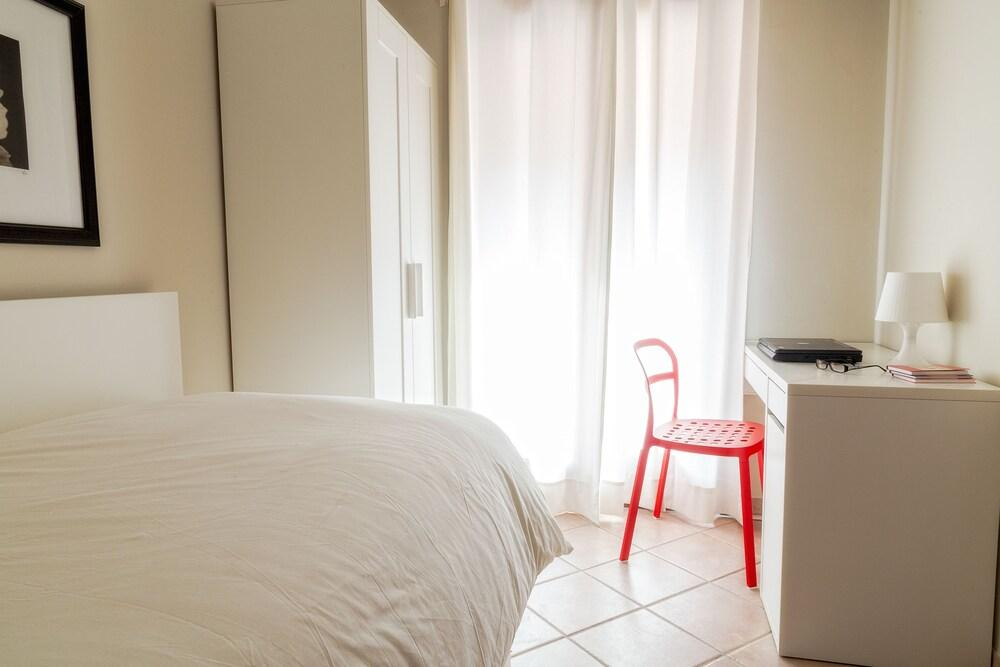 Gallery image of In Cefalu Apartments