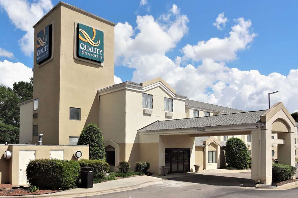 Quality Inn & Suites Raleigh North