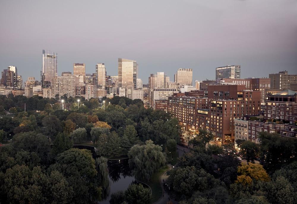 Four Seasons Hotel Boston
