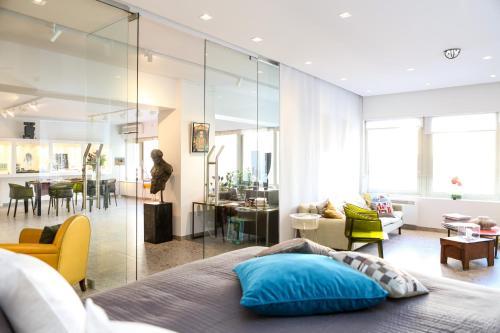 Apart Suite