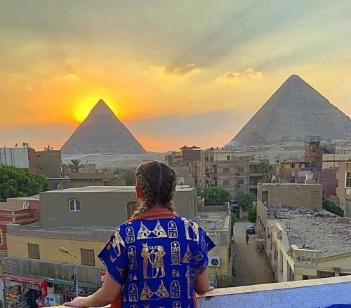 Panorama Pyramids & Sphinx 4 groups