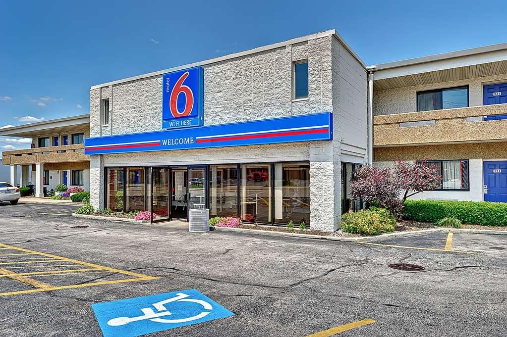 Motel 6 Chicago West Villa Park