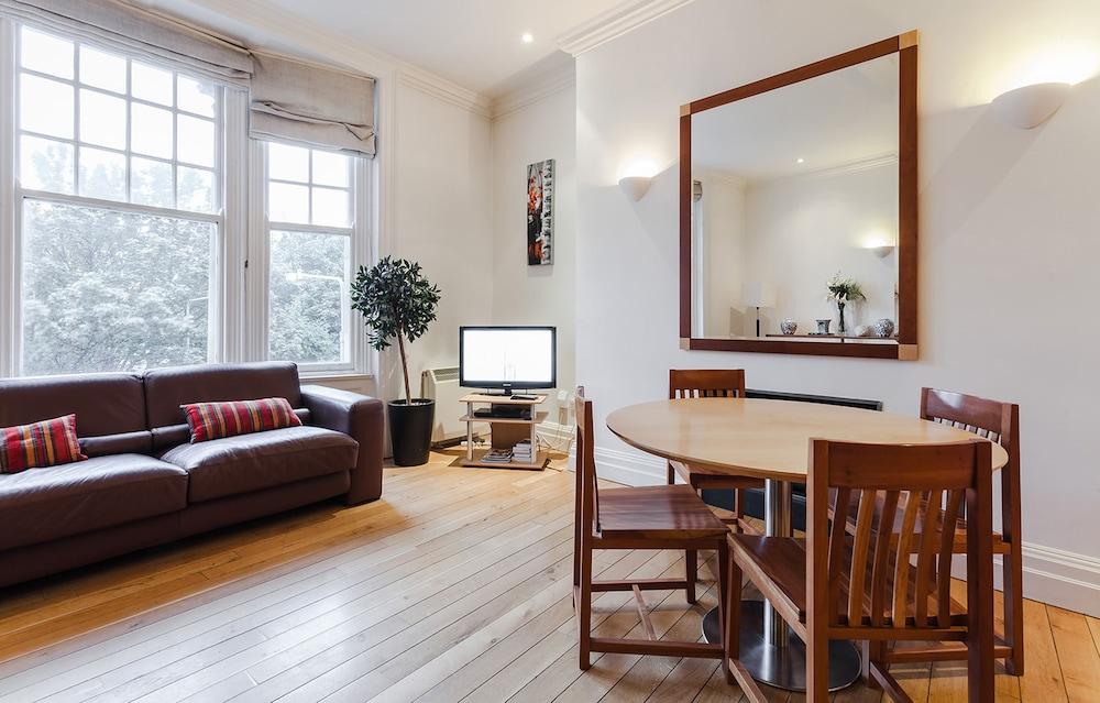 Grafton Street Apartments