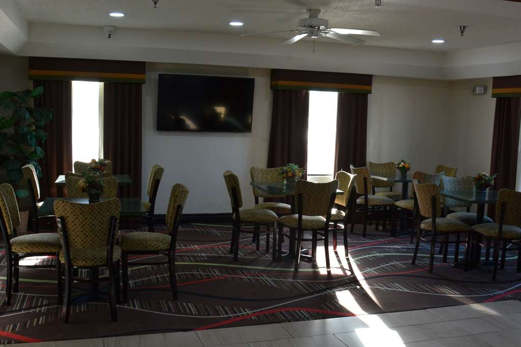 Gallery image of Travelodge by Wyndham Montgomery East