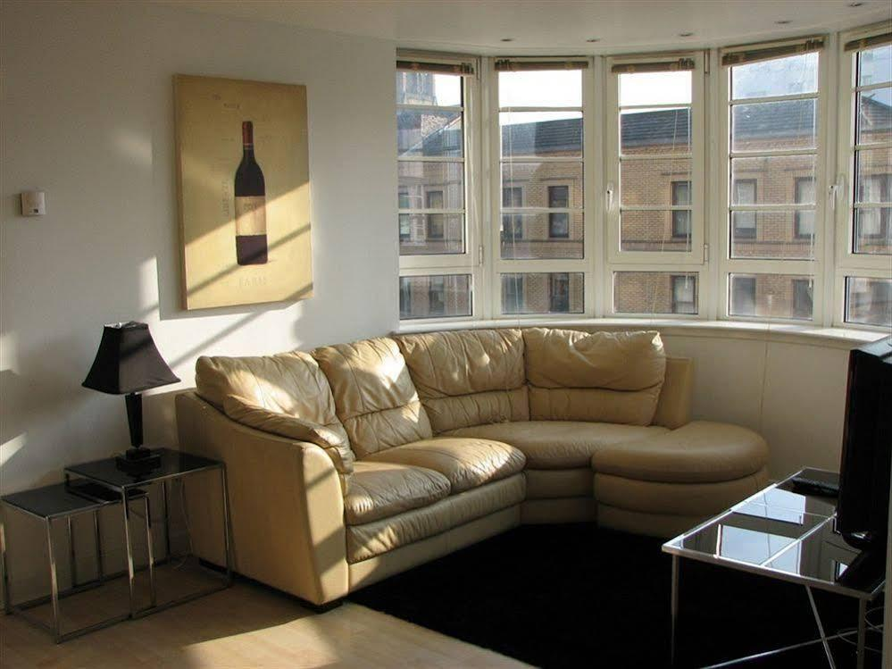 Glasgow Central Clock Tower Boutique Suites and Bistro