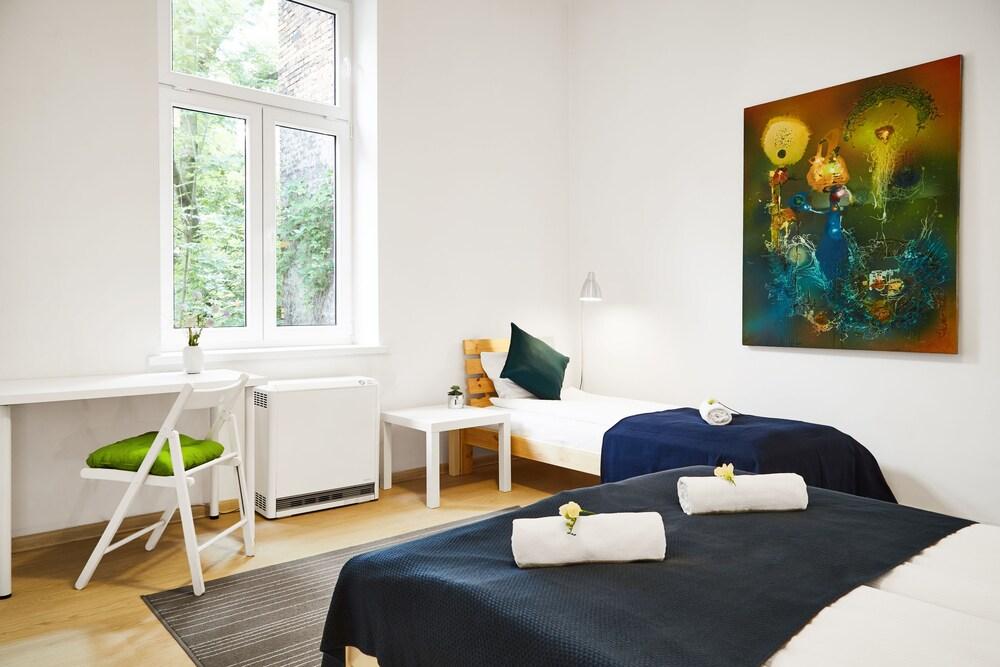 Light Apartment Zyblikiewicza Street