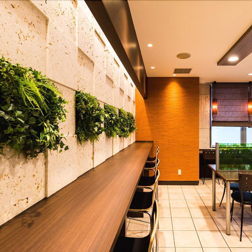 Gallery image of Super Hotel Naha Shintoshin