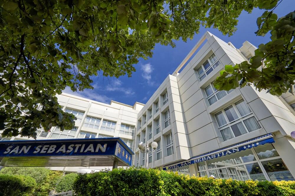 Gallery image of San Sebastian