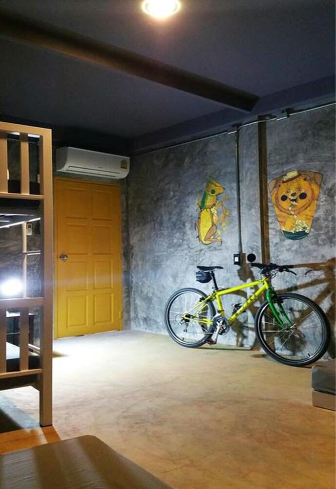 Gallery image of The Nexchange Bangkok Hostel