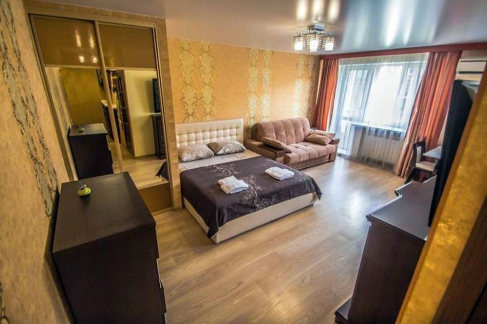 Apartment on Admirala Fokina 31