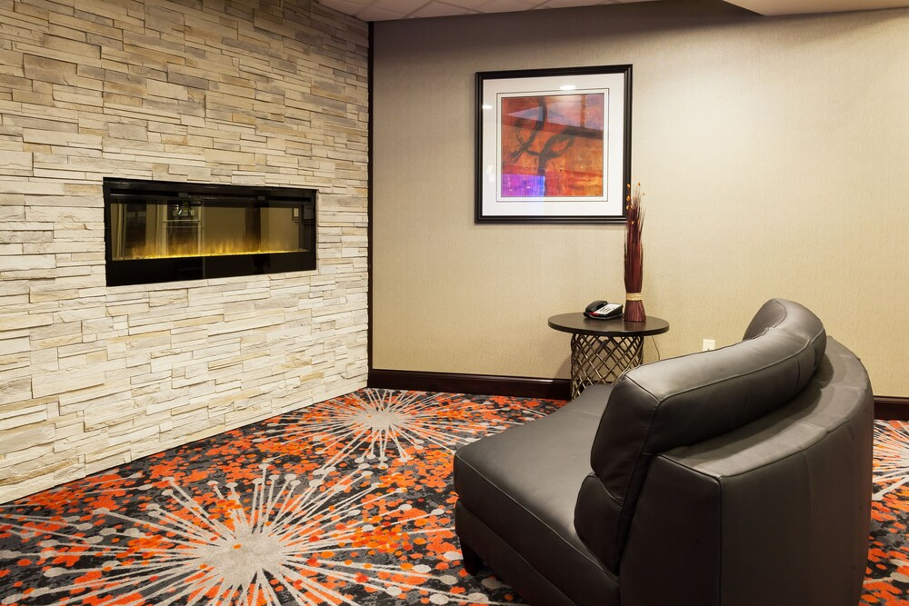 Gallery image of Holiday Inn Express Hotel & Suites Rapid City