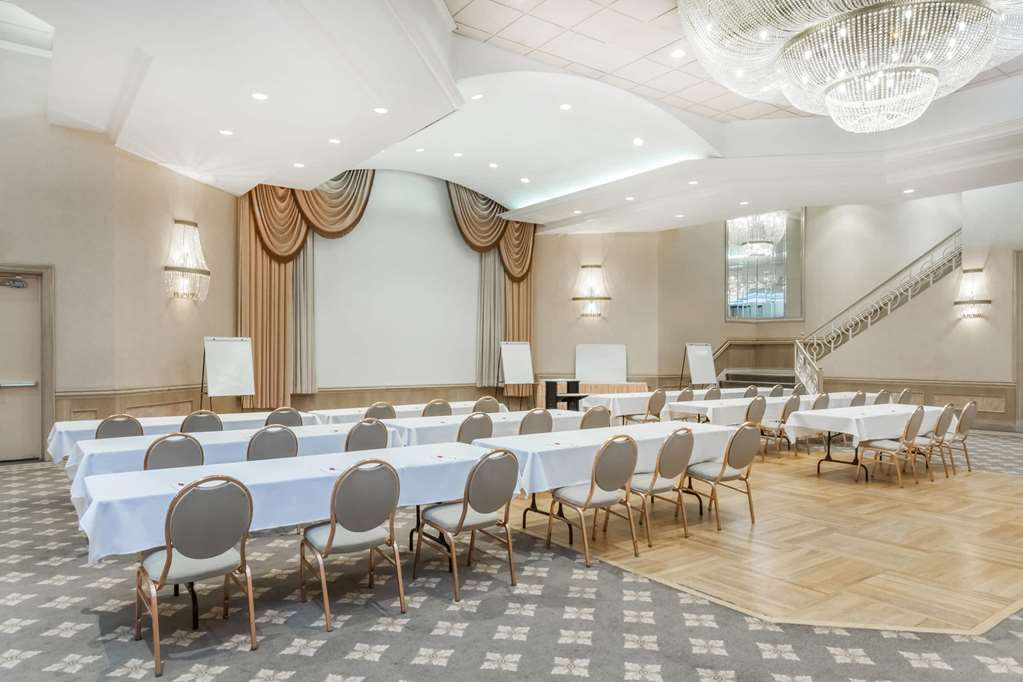 Gallery image of Ramada Hotel & Conference Center by Wyndham Hammond