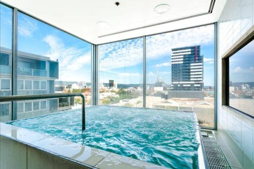 Hi 5 stars luxury Adelaide City Apartment